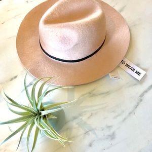 BCBG fedora hat